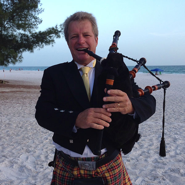 Gary Reinstrom, bagpipes
